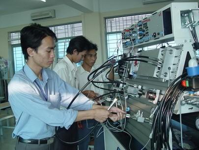 Xuất khẩu lao động Nhật Bản có ngành cơ điện tử?
