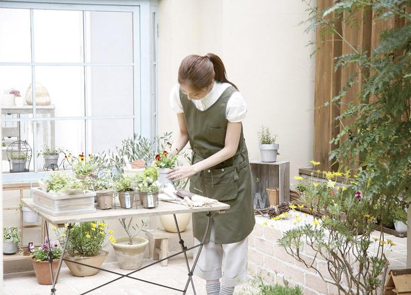 12 nữ làm vườn tại Hiroshima tháng 7/2014