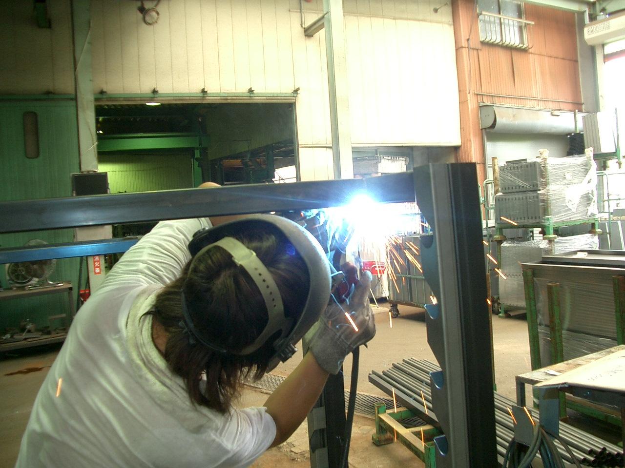 Điều kiện cơ bản khi đi xuất khẩu lao động Nhật ngành cơ khí