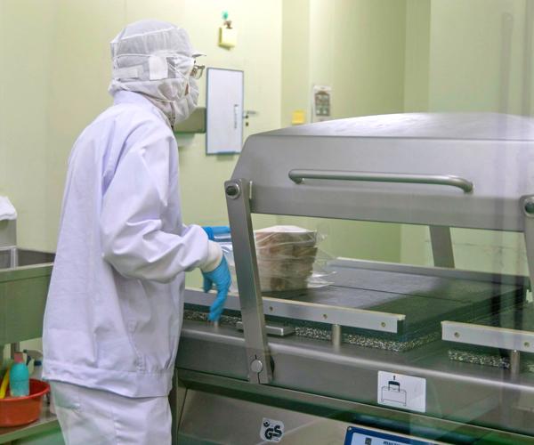 10 Nữ làm chế biến thực phẩm tại Toyama tháng 2/2015