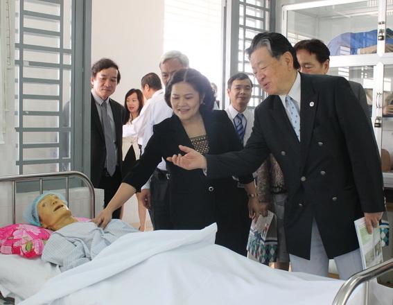 Chương trình liên kết đào tạo Điều dưỡng  - Hộ lý viên làm việc tại Nhật Bản