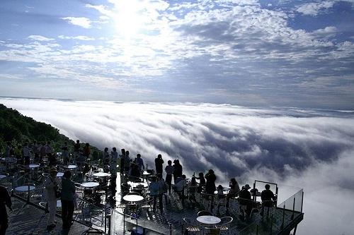 Thiên đuờng trên mây Unkai Terrace Nhật Bản