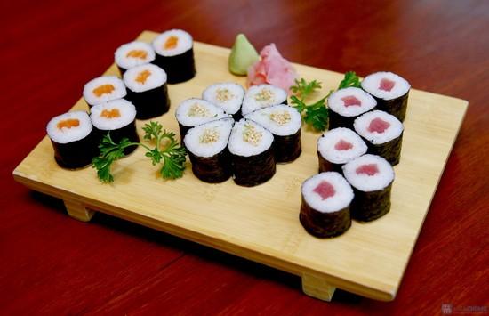 Tuyển 90 Nam/Nữ XKLĐ làm sushi tại Nhật Bản tháng 02/2017