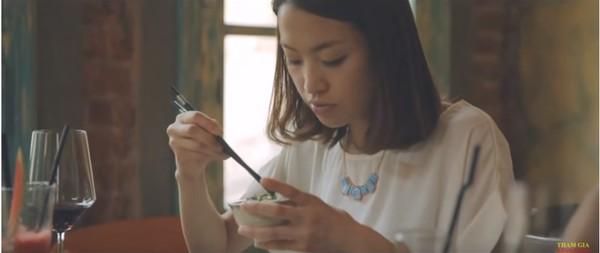 Sự dễ thương của cô gái Nhật Bản ra mắt gia đình bạn trai Việt Nam