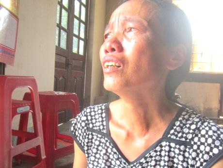 Lòng Mẹ quặn thắt ngóng trông con bệnh nặng nơi đất khách xứ người