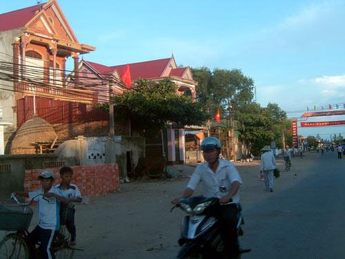 Về thăm gia đình 23 người đi xuất khẩu lao động tại Hà Tĩnh