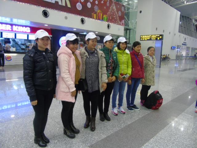 Tiễn bay 7 lao động may làm việc tại Nhật Bản ngày 22/12/2015
