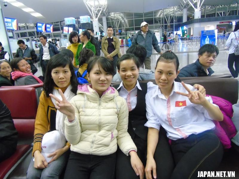 Phỏng vấn tiễn bay lao động xuất cảnh ngày 13/01/2016