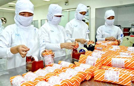 63 nữ làm chế biến thực phẩm tại Kagawa & Tokushima tháng 03/2016