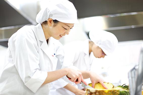 Tuyển 60 nam làm cơm hộp lương cao tại Nhật Bản