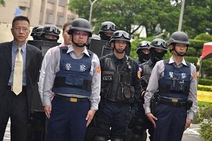 Thu nhập ngất ngưởng 320 man/năm khiến du học sinh Việt Nam bị trục xuất
