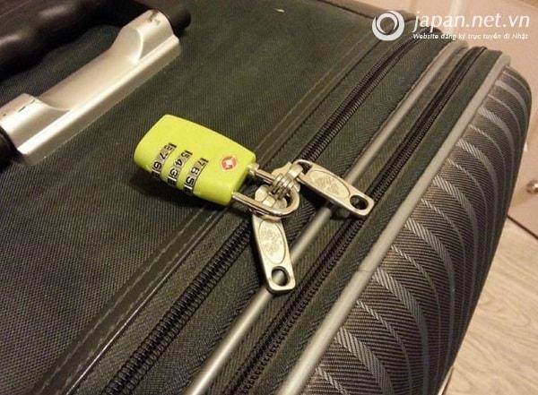 Để không bị mất hành lý tại sân bay