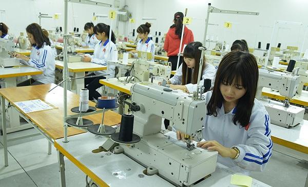 Tuyển nữ xuất khẩu lao động làm may mặc tại Nhật Bản tháng 11/2017