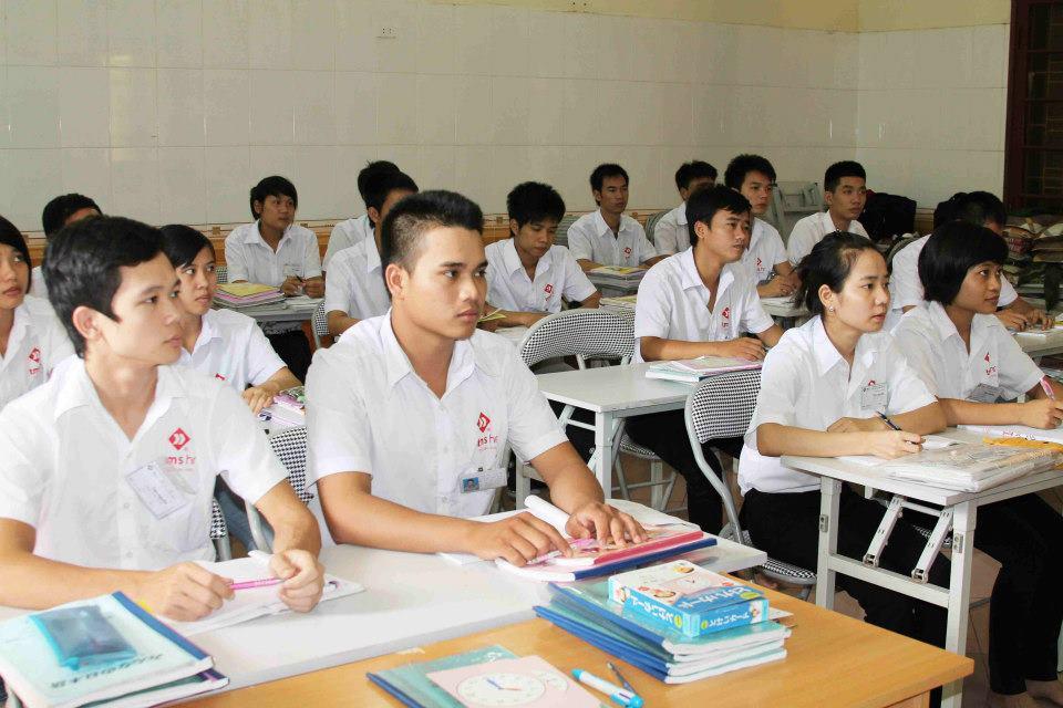 Cả du học và lao động tại Nhật đều cần phải học tiếng thật tốt