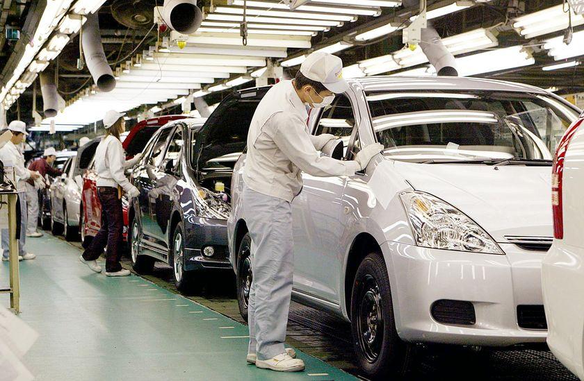 Tu nghiệp sinh tại nhà máy Toyota Nhật Bản