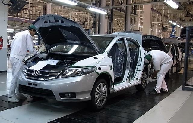Kỹ sư công nghệ ô tô Nhật Bản