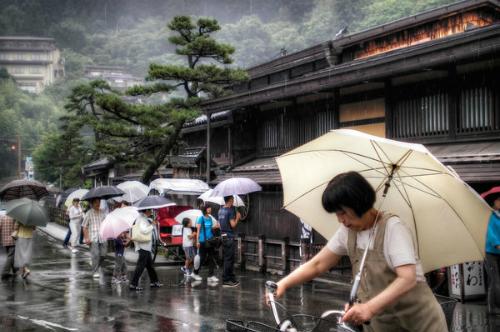 mùa mưa ở Nhật Bản