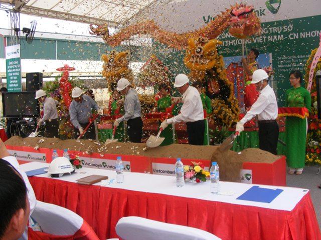 Gói thầu số 13: XL nhà chính, các hạng mục phụ trợ và hạ tầng kỹ thuật - dự án xây dựng trụ sở VCB Nhơn Trạch - Đồng Nai - Ngân Hàng TMCP Ngoại Thương Việt Nam (VCB)