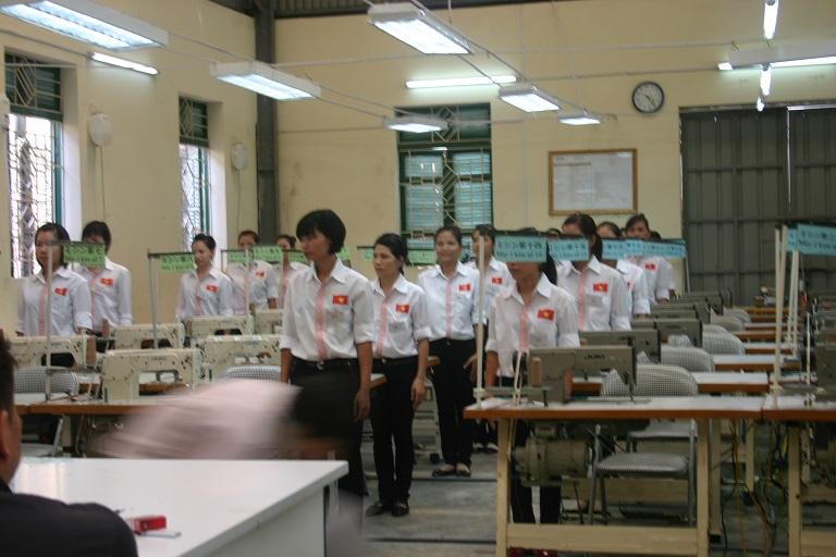 25 Nữ làm may thời trang tại Chiba 9/2014