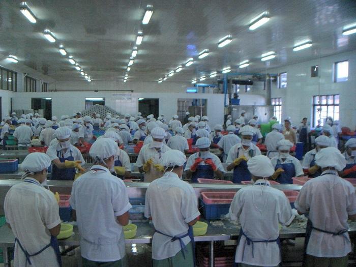 30 Nam làm chế biến thủy sản hợp đồng 1 năm tại Okayama tháng 4/2015