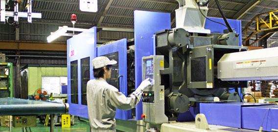 9 Nam làm khuôn đúc Nhựa tại Okayama tháng 4/2015