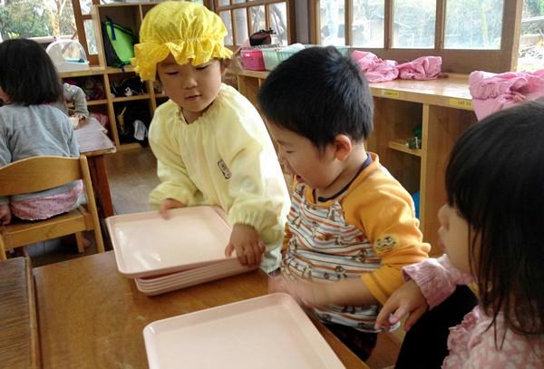 Những bài học thú vị về đạo đức của trẻ em Nhật Bản