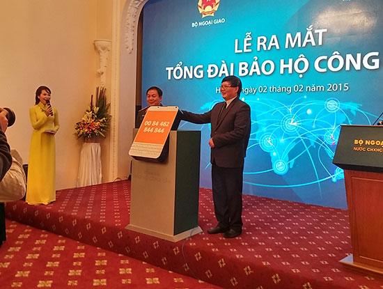 Ra mắt tổng đài hỗ trợ lao động Việt Nam ở nước ngoài