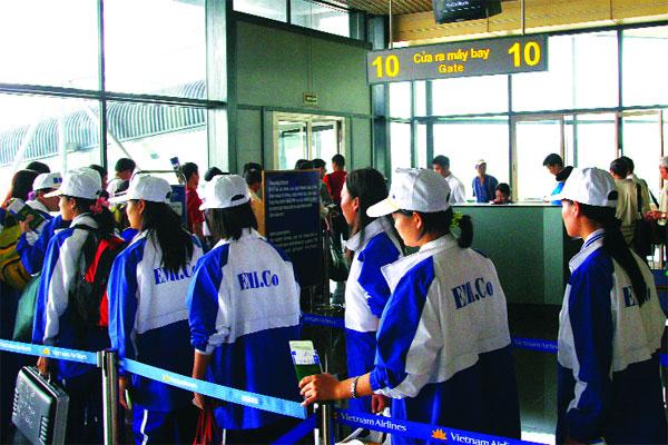 Xuất khẩu lao động 2015: Cán đích nhưng chưa thể vội mừng