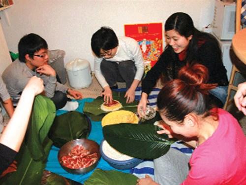 Nỗi lòng tết xa xứ của người Việt trên đất Nhật