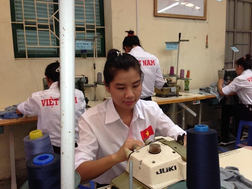 Tuyển 10 nữ làm dệt may lương cao xuất khẩu lao động Nhật Bản tháng 08/2018