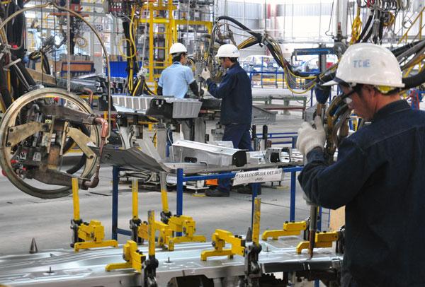 Xuất khẩu lao động Nhật Bản ngành công nghiệp sản xuất ô tô