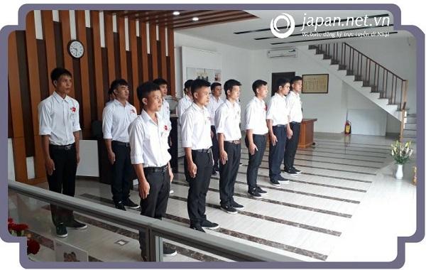 Thi tuyển đơn hàng bảo dưỡng ô tô, cốp pha 10/08/2017