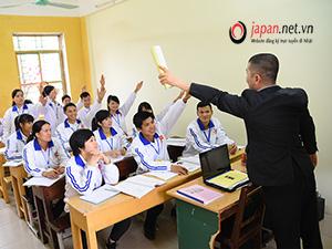 Giờ học tiếng Nhật tại trung tâm đào tạo của chúng tôi