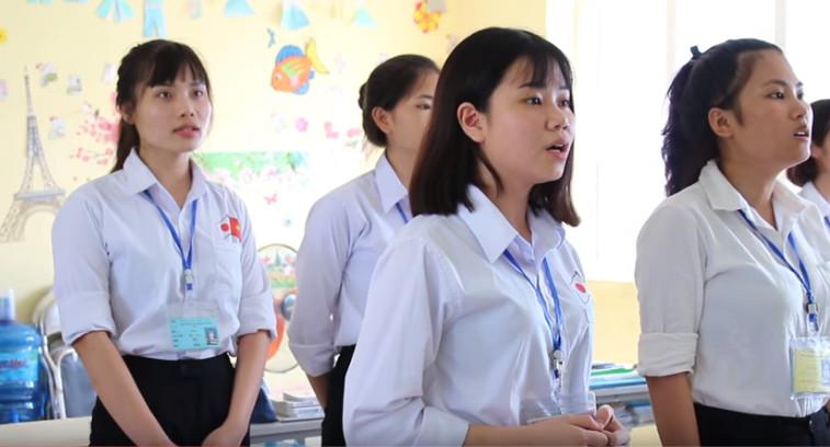 Học hát tiếng Nhật tại trung tâm đào tạo của công ty