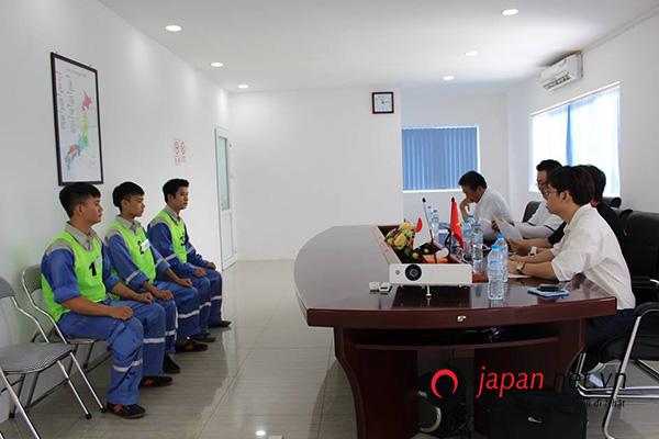Đơn hàng cặp vợ chồng đi Nhật chăn nuôi gà tại Hyogo BAY GẤP