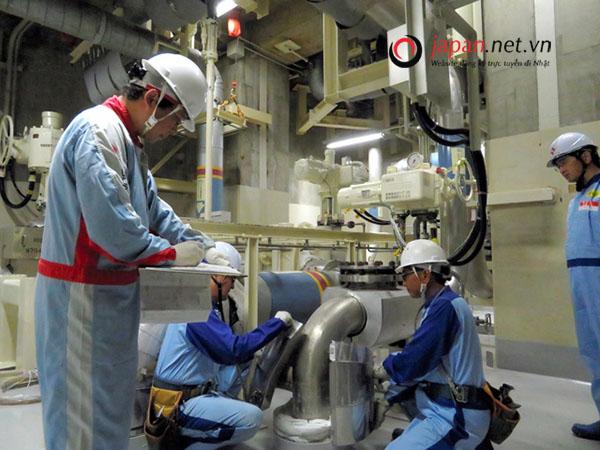 Công việc thực tế của đơn hàng lắp đặt đường ống tại Nhật Bản