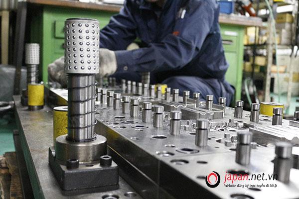 9 suất đi XKLĐ Nhật lần 2 ngành dập kim loại lương cao như kỹ sư