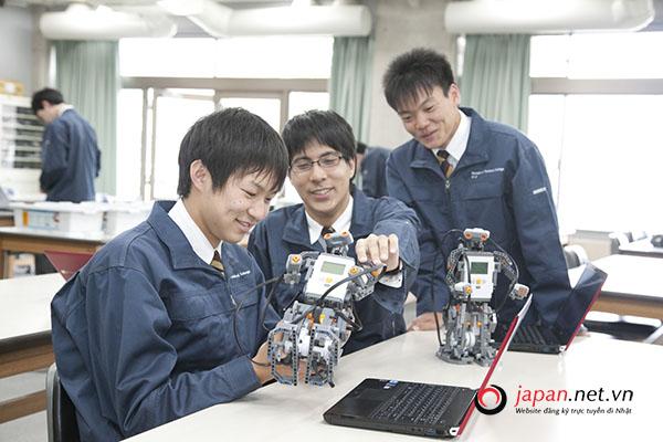 Có nên tham gia đơn hàng kỹ sư điện tử đi Nhật?